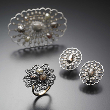 ANTIQUE DIAMOND SET